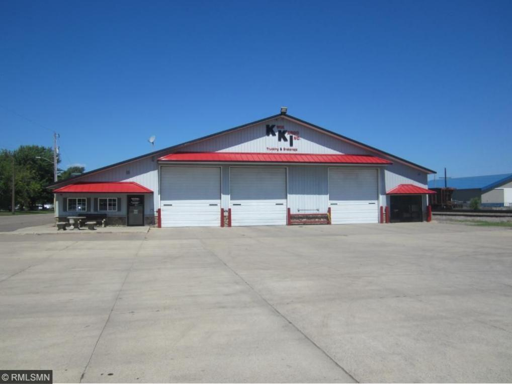 7822 State Street, Clear Lake, MN 55319