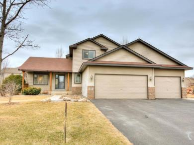 12209 S Foxtail Lane, Rogers, MN 55374