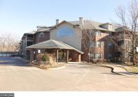 1350 Douglas Drive #304, Golden Valley, MN 55422