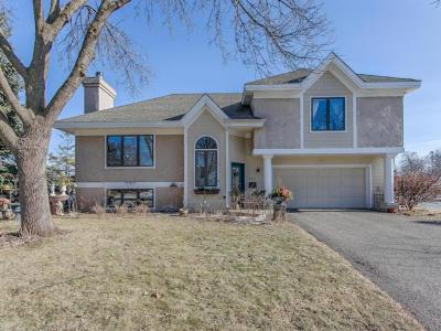 Photo of 405 N 10th Avenue, Hopkins, MN 55343