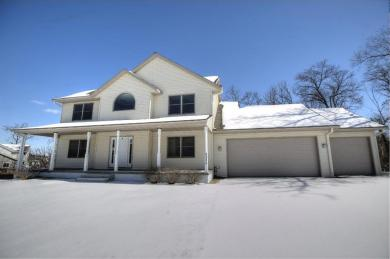 2355 Pineview Court, Red Wing, MN 55066