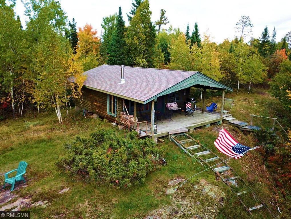 2208 Red Crest Island, International Falls, MN 56649