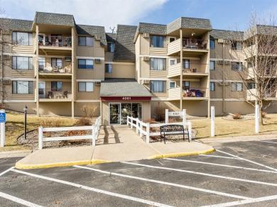 4001 Heritage Hills Drive #207, Bloomington, MN 55437