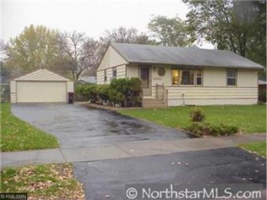 11328 NW Olive Street, Coon Rapids, MN 55448
