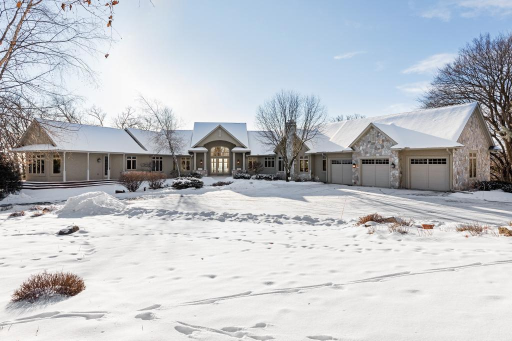 15270 N Painters Lane Circle, West Lakeland Twp, MN 55082
