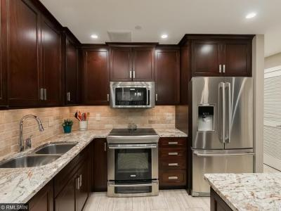 Photo of 1201 Yale Place #601, Minneapolis, MN 55403