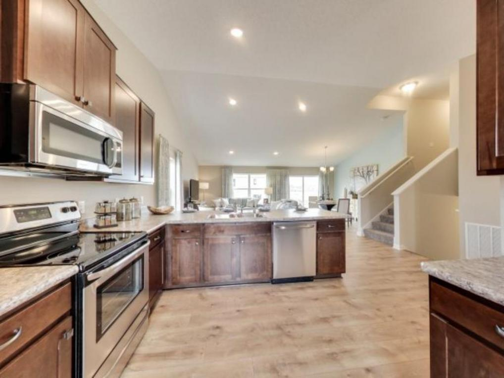 15222 Emory Avenue, Apple Valley, MN 55124
