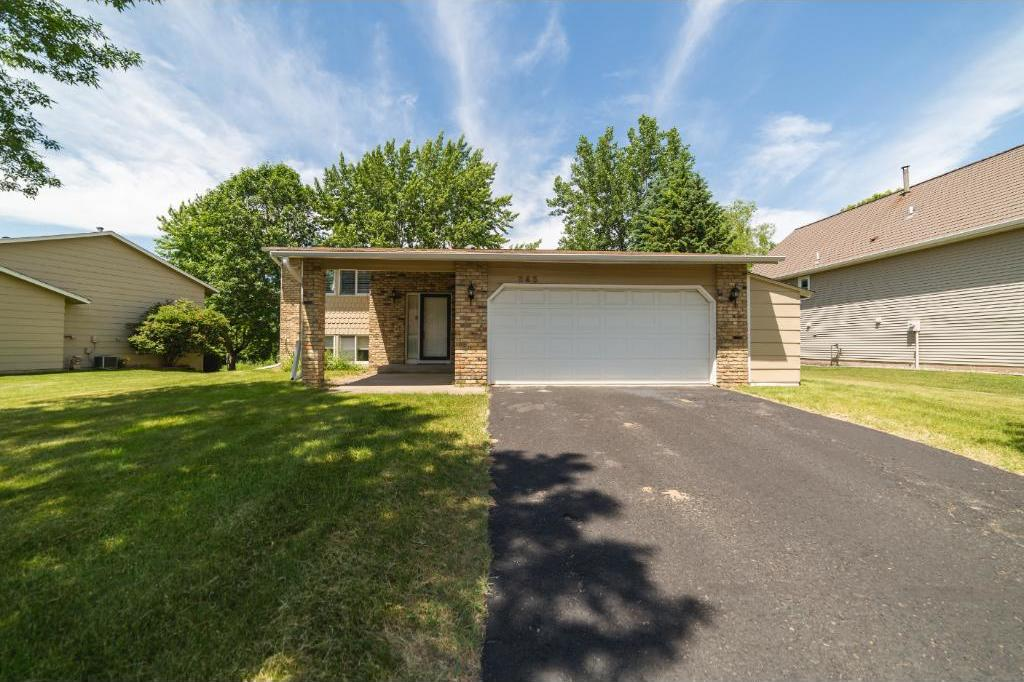 345 Oakwood Drive, Shoreview, MN 55126