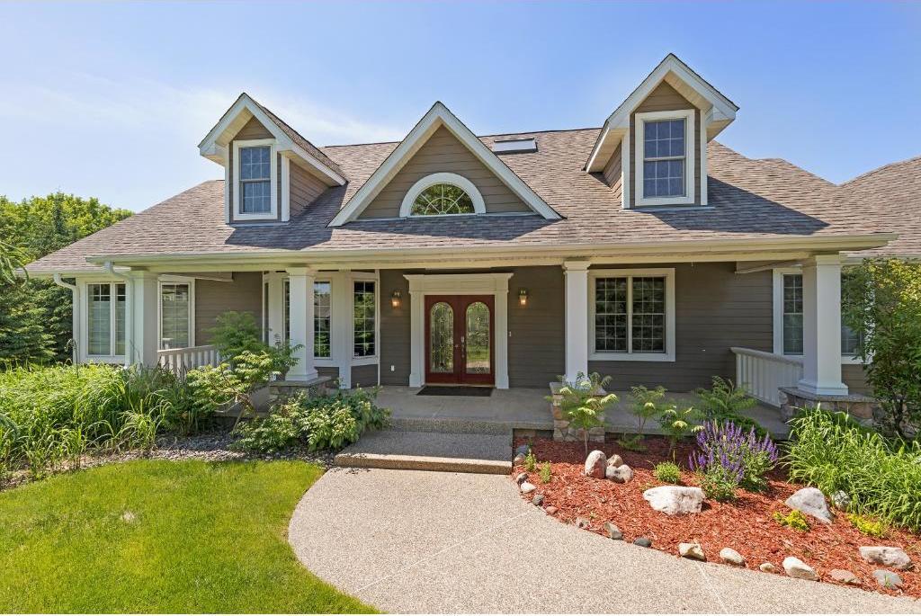 8111 N Walnut Grove Lane, Maple Grove, MN 55311