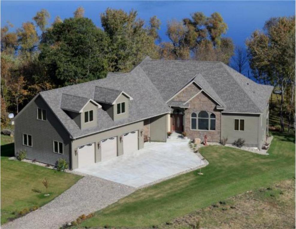 9146 SW Huber Avenue, Howard Lake, MN 55349