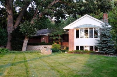 Photo of 4721 Lake Harriet Boulevard, Minneapolis, MN 55419