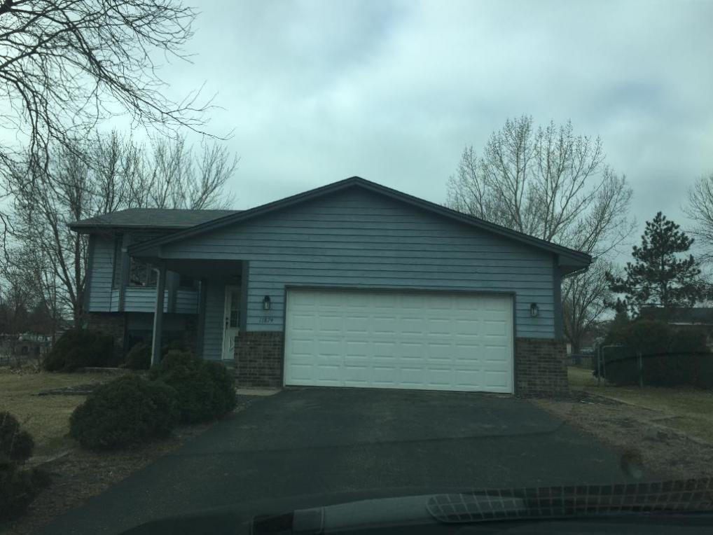 11874 NW Jonquil Street, Coon Rapids, MN 55433