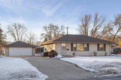 Photo of 6720 Bloomington Avenue, Richfield, MN 55423