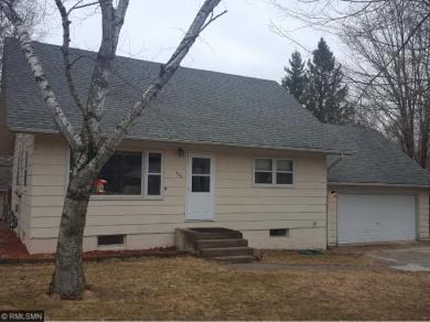 536 Pine Street, Taylors Falls, MN 55084