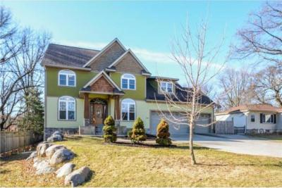 Photo of 310 NW 98th Lane, Coon Rapids, MN 55433