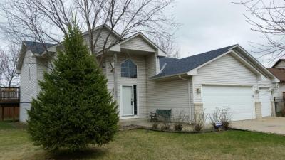 Photo of 724 Shannon Lane, Belle Plaine, MN 56011