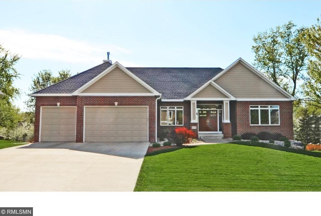 11579 Avery Drive, Inver Grove Heights, MN 55077