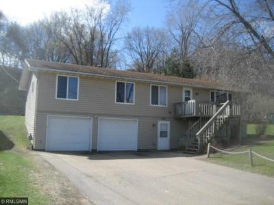 Photo of 931 State Street, Belle Plaine, MN 56011
