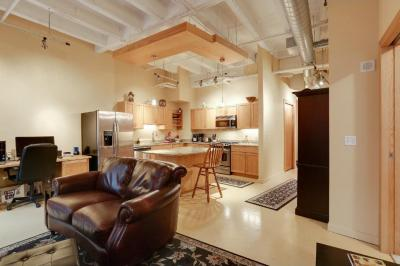 Photo of 601 Marquette Avenue #404, Minneapolis, MN 55402