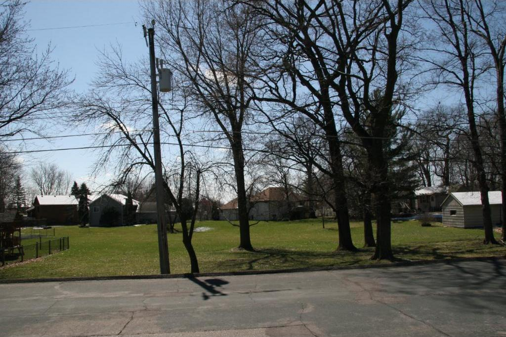 189 Pleasant View Road, Chanhassen, MN 55317