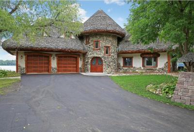 Photo of 2870 N Evergreen Lane, Plymouth, MN 55441