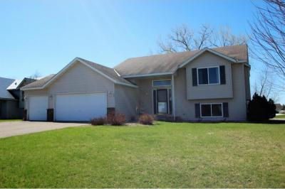 Photo of 201 Maverick Avenue, Elko New Market, MN 55054