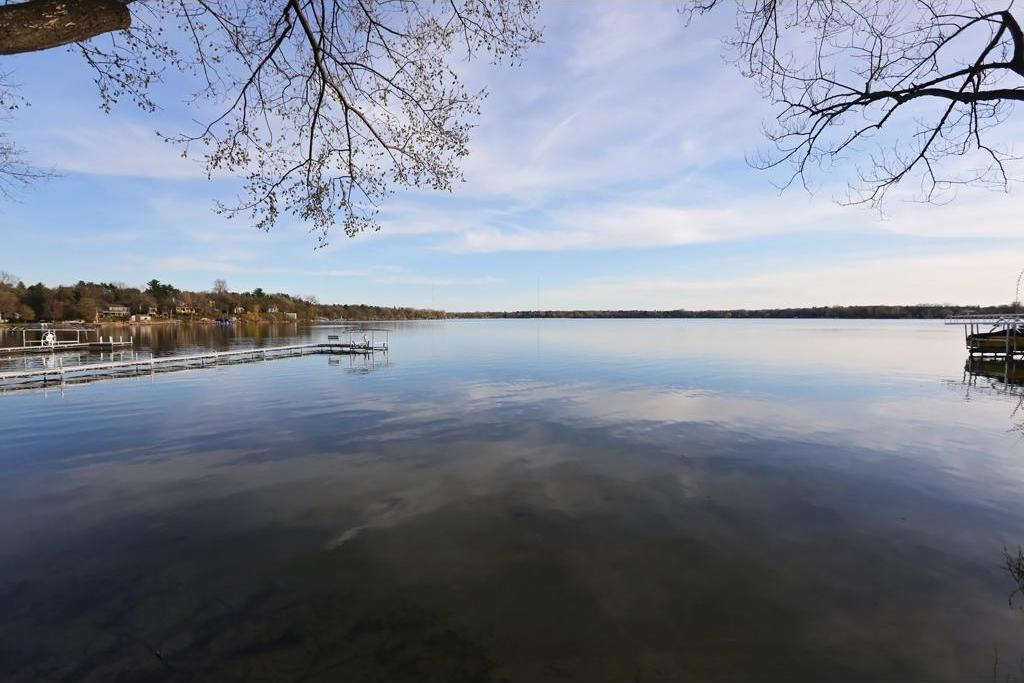 784 W County Road I, Shoreview, MN 55126