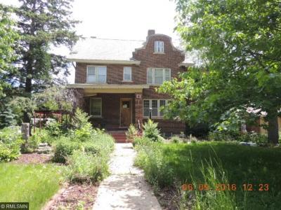 Photo of 215 Elm Street, Belle Plaine, MN 56011