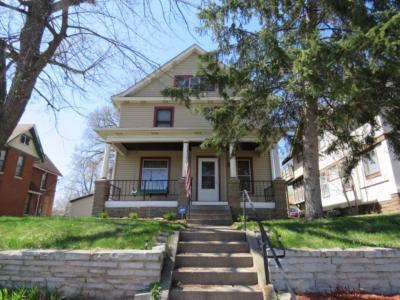 Photo of 2911 N Lyndale Avenue, Minneapolis, MN 55411