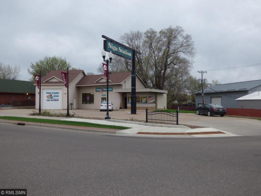 560 Main Street, Anoka, MN 55303