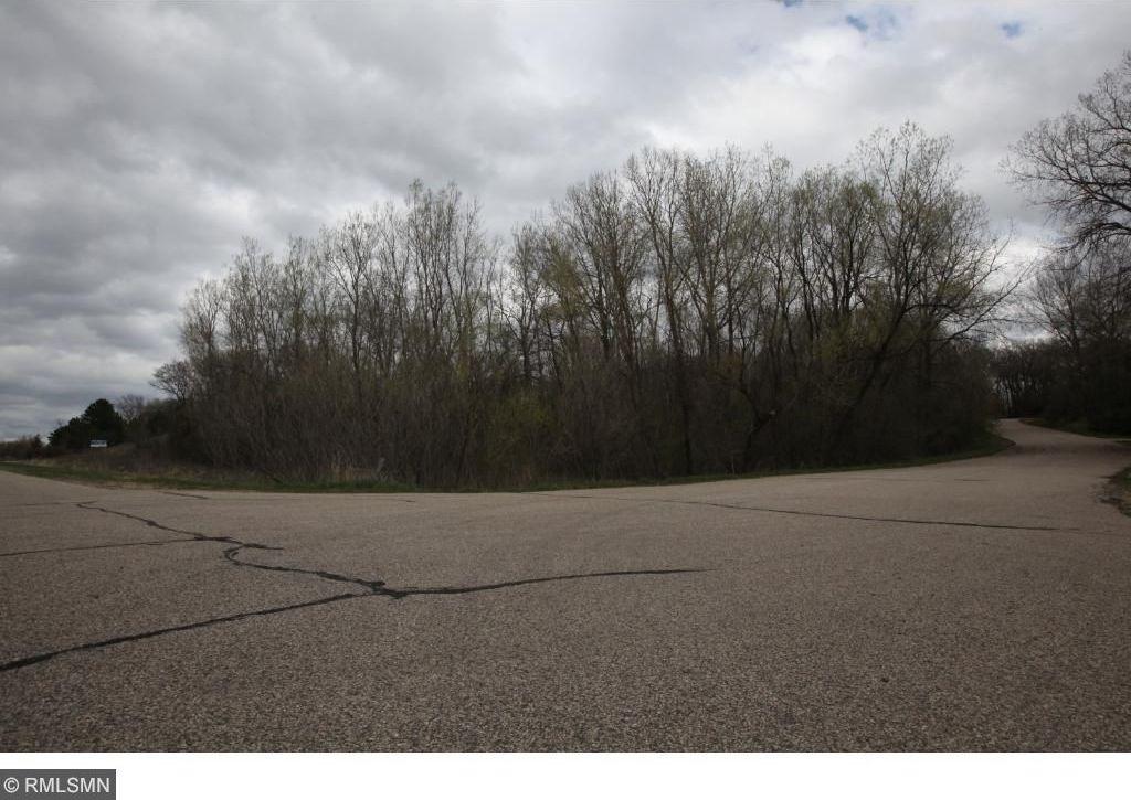 18050 Kenrick Avenue, Lakeville, MN 55044
