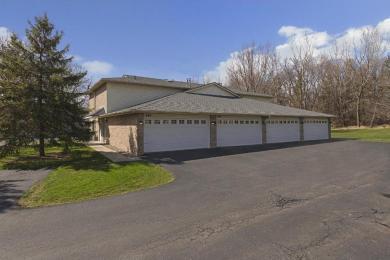 945 Pond View Court, Vadnais Heights, MN 55127