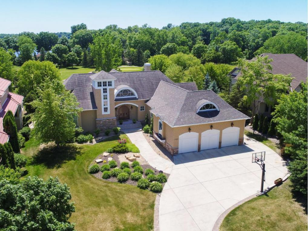 18554 Bearpath Trail, Eden Prairie, MN 55347