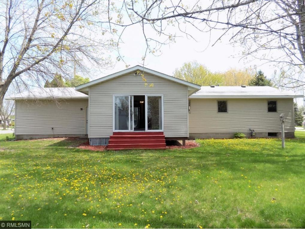 37 Fairway Drive, Monticello, MN 55362