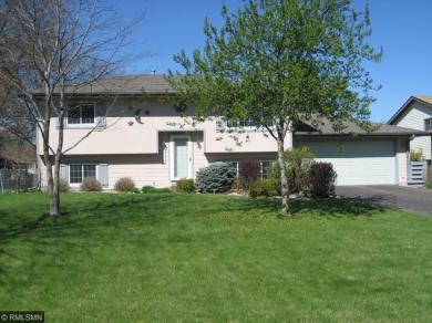 11429 N Edgewood Place Place, Champlin, MN 55316