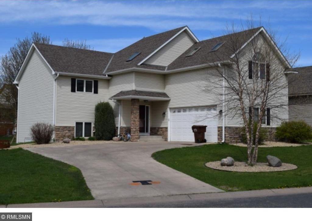 521 Prairie Creek Drive, Delano, MN 55328