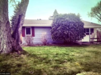 Photo of 526 E Park Valley Drive, Hopkins, MN 55343