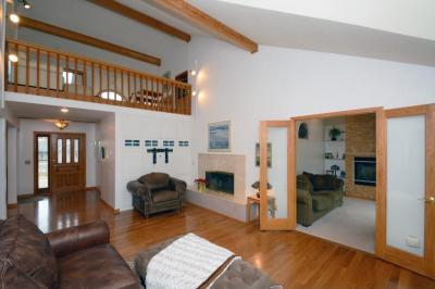 Photo of 110 King Creek Road, Golden Valley, MN 55416