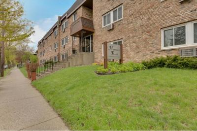 Photo of 2616 Harriet Avenue #302, Minneapolis, MN 55408