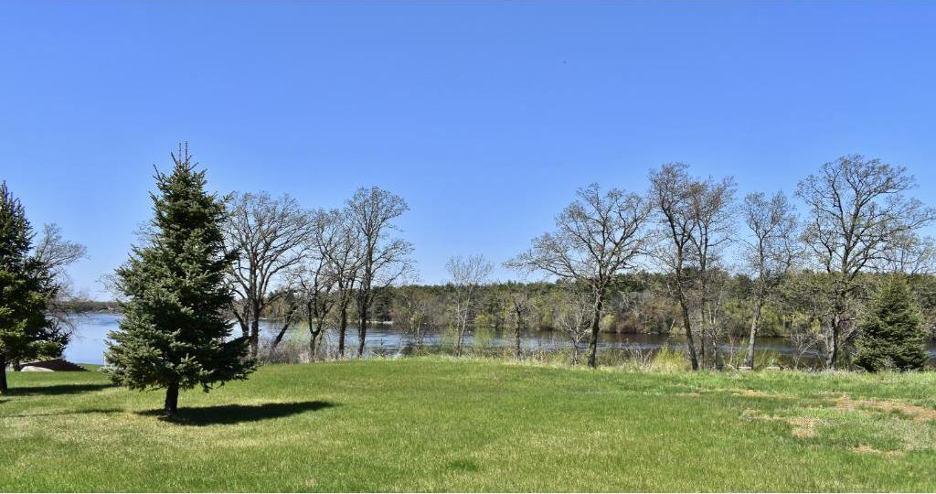 7411 River Bend Court, Sauk Rapids, MN 56379