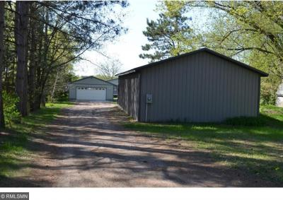 Photo of 27260 NW Lakewood Drive, Isanti, MN 55040