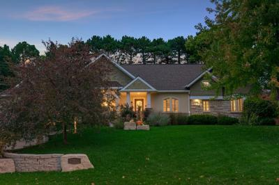Photo of 2117 Upper Saint Dennis Road, Saint Paul, MN 55116