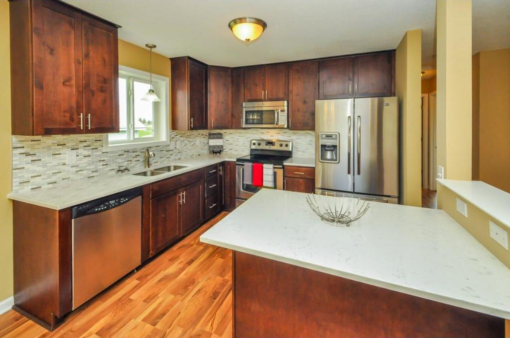 3 Bed 2 bath - Renovated Home in Mora MN