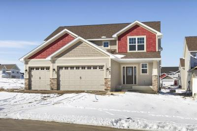Photo of 911 Ridgecrest Drive, Carver, MN 55315