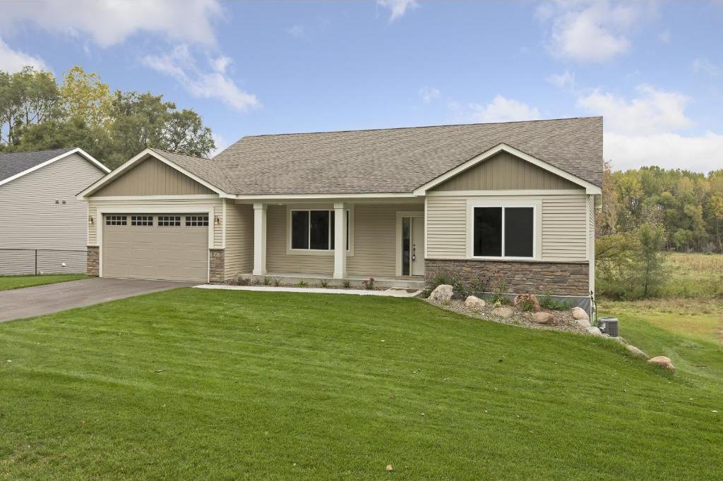 667 Koehler Road, Vadnais Heights, MN 55127