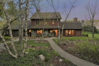 Photo of 15513 S Loop Road, Burnsville, MN 55306
