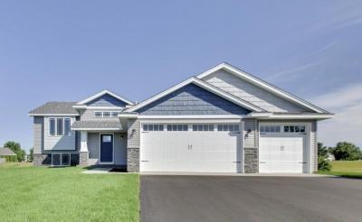 Photo of 1106 SW Ironwood Avenue, Isanti, MN 55040