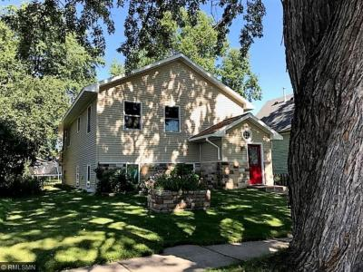 Photo of 617 N Commercial Avenue, Sandstone, MN 55072