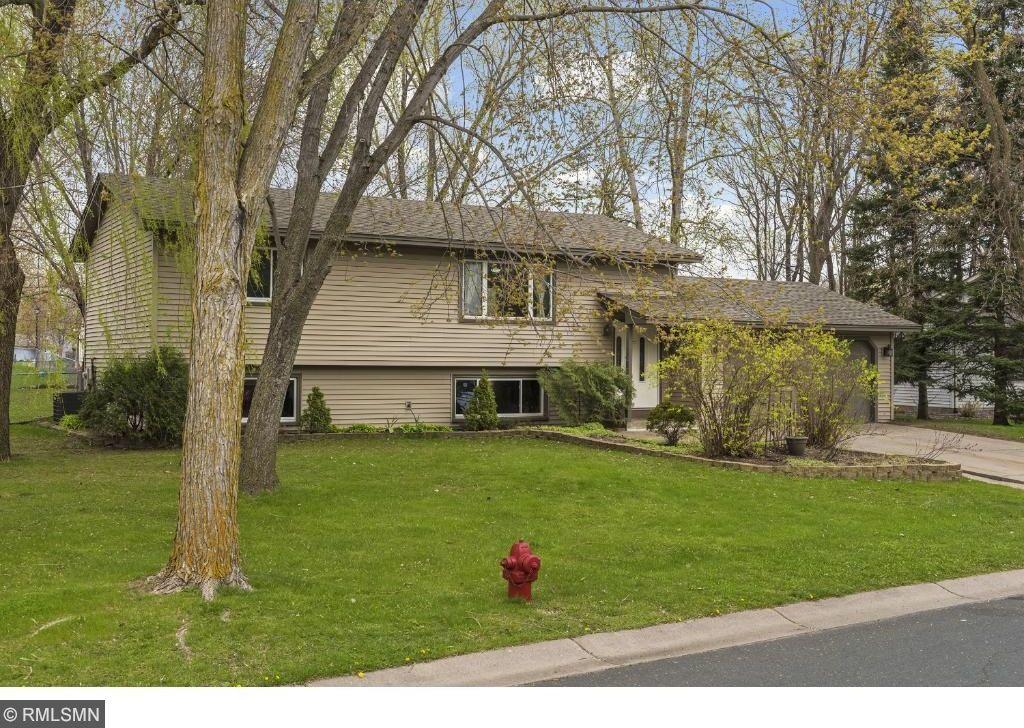 9992 N Balsam Lane, Maple Grove, MN 55369