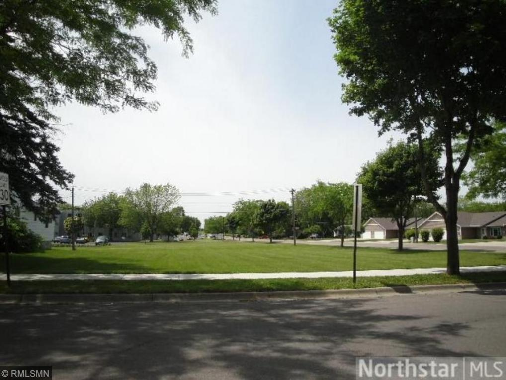 57x N 1st Street, Winsted, MN 55395